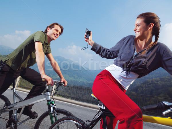 Coppia biciclette parco felice foglia sport Foto d'archivio © toocan