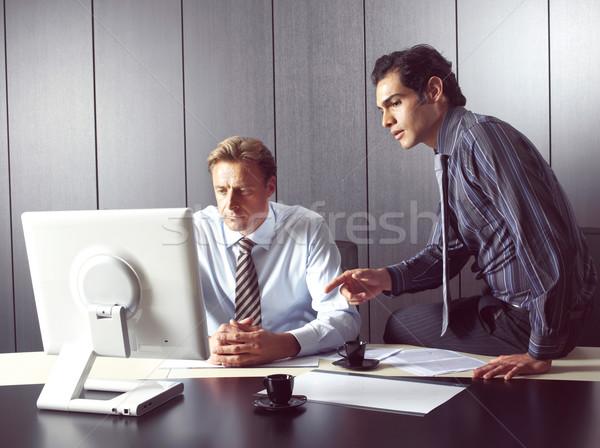 Gruppo uomini d'affari ritratto riunione computer Foto d'archivio © toocan
