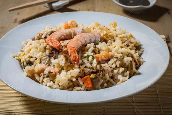 Keleti konyha kínai sült rizs garnéla fehér Stock fotó © trexec