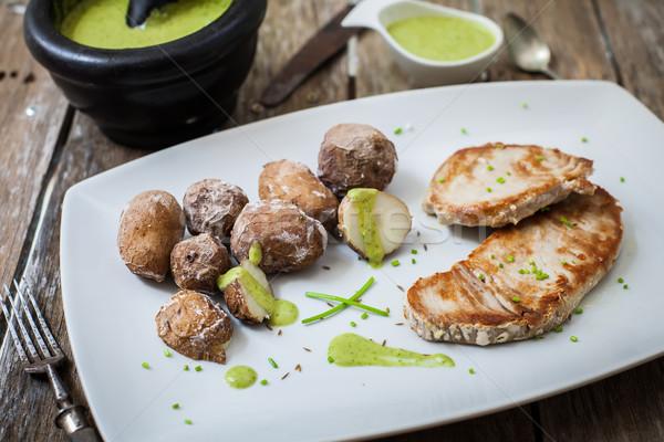 ızgara balık ton balığı biftek pesto sos Stok fotoğraf © trexec