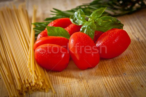 Tomaat basilicum kom spaghetti tuin Stockfoto © trexec