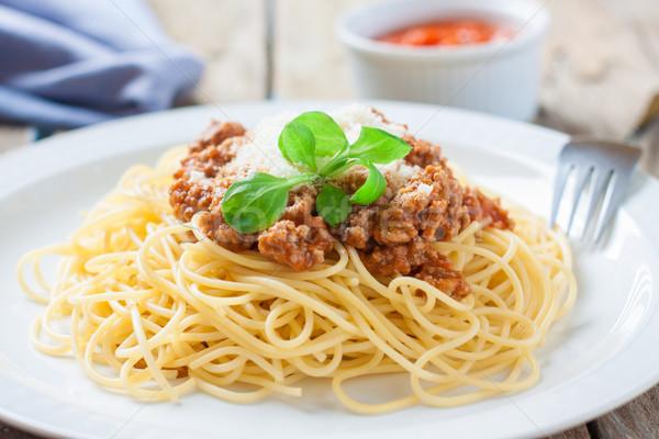 İtalyan makarna spagetti et domates sosu beyaz Stok fotoğraf © trexec