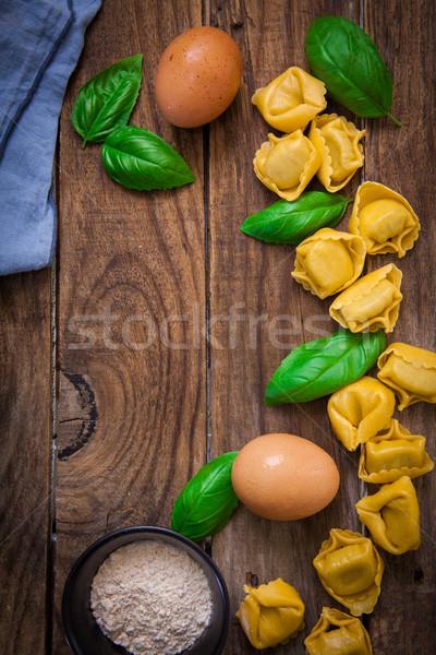 итальянский пасты Пельмени сырой базилик Сток-фото © trexec