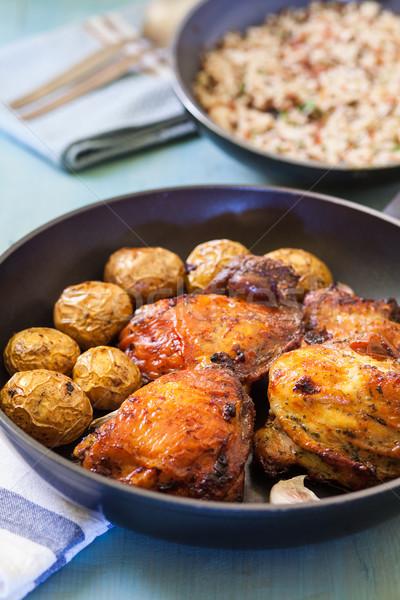 Kip been aardappel schaal geserveerd rijst Stockfoto © trexec