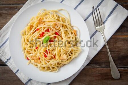 Keleti konyha serpenyő kínai tészta zöldségek étel Stock fotó © trexec