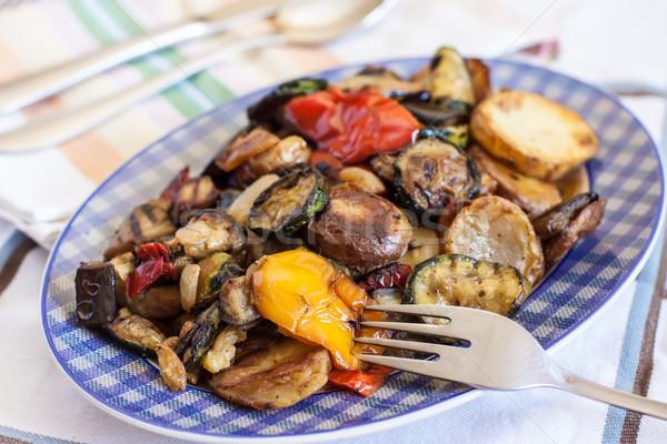 Sebze yemek ızgara taze sebze çatal salata Stok fotoğraf © trexec