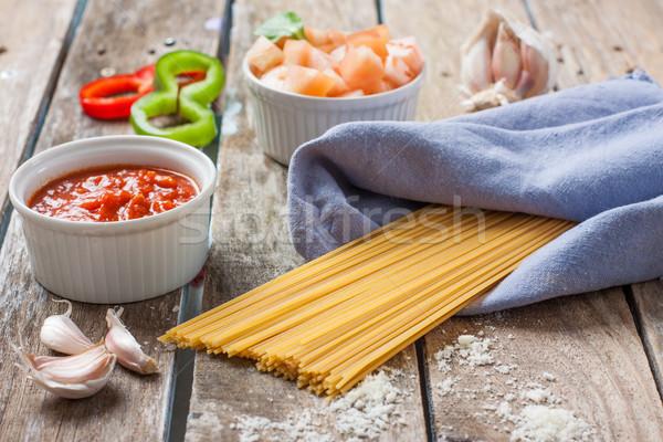 Italiano macarrão tomates espaguete molho de tomate receita Foto stock © trexec