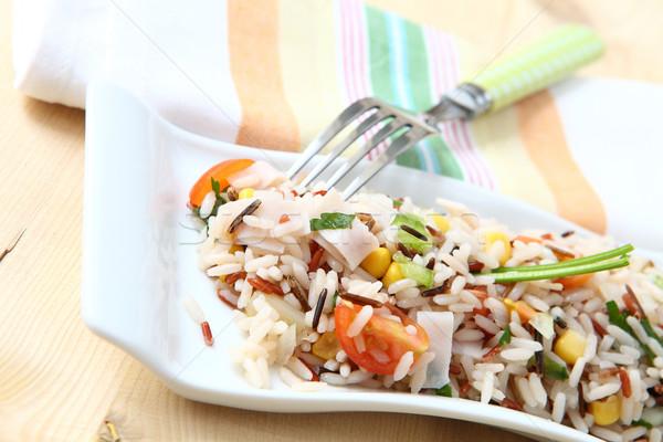 Rijst salade vers groenten witte dienblad Stockfoto © trexec