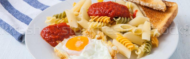 Macarrão ovo europeu almoço molho de tomate tabela Foto stock © trexec