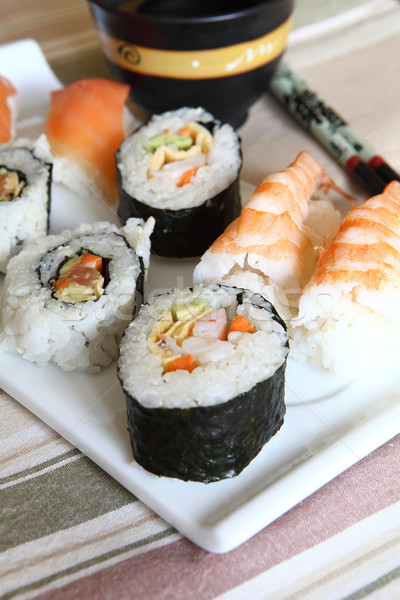 Sushis plateau wasabi sauce alimentaire Photo stock © trexec