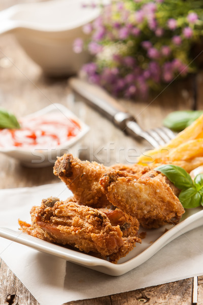 Tavuk patates kızartması derin tavuk kızartma patates kızartması sos Stok fotoğraf © trexec