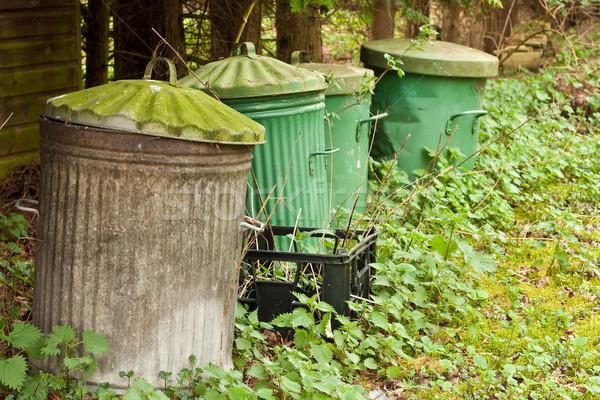 Basura metal verde urbanas industrial Foto stock © trgowanlock