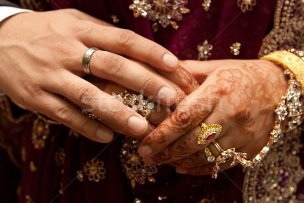Handen bruiloft paar bruid samen zilver Stockfoto © trgowanlock