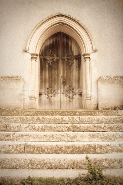 Oude kerk deur dromerig afbeelding Stockfoto © trgowanlock