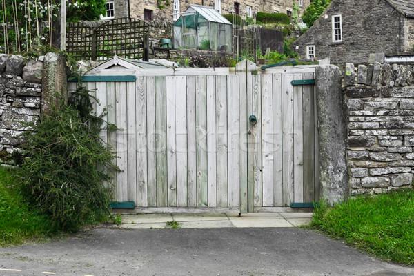 ворот каменной стеной английский дома текстуры Сток-фото © trgowanlock