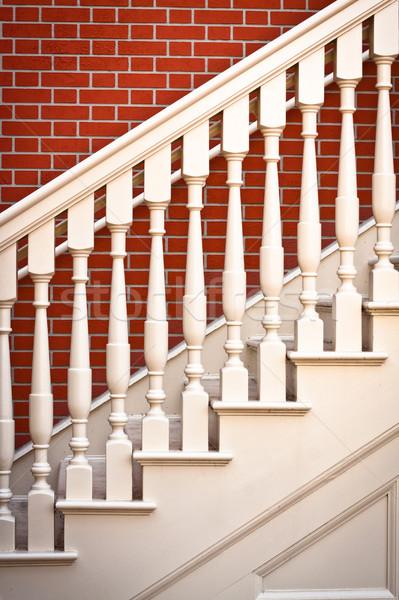 Escada caso imagem tradicional escada vermelho Foto stock © trgowanlock