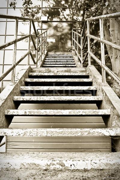 Lépcsősor szépia kép repülés kívül fém Stock fotó © trgowanlock