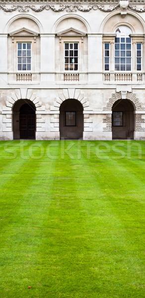 Cambridge faculdade gramado clássico arquitetura Foto stock © trgowanlock