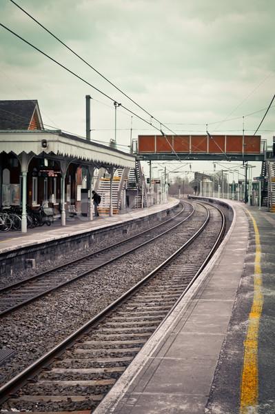 Treinstation winter brug reizen richting lege Stockfoto © trgowanlock
