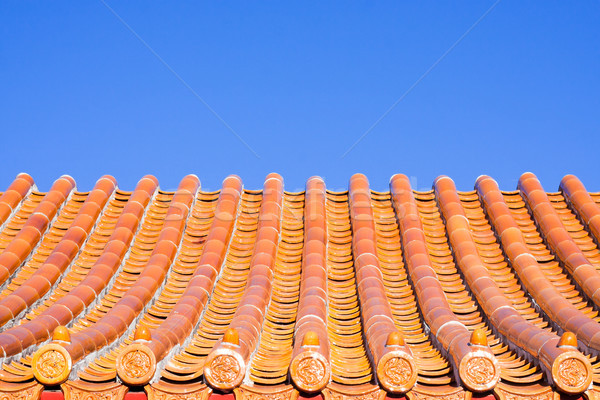 Chinese dak tegels heldere blauwe hemel asian Stockfoto © trgowanlock