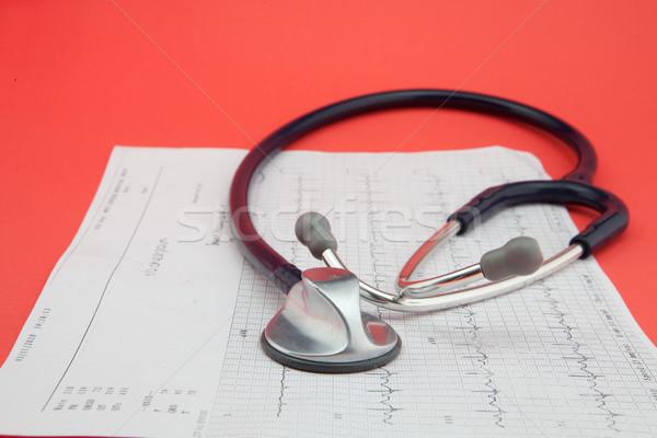 Sztetoszkóp modern orvos gyógyszer grafikon diagram Stock fotó © trgowanlock
