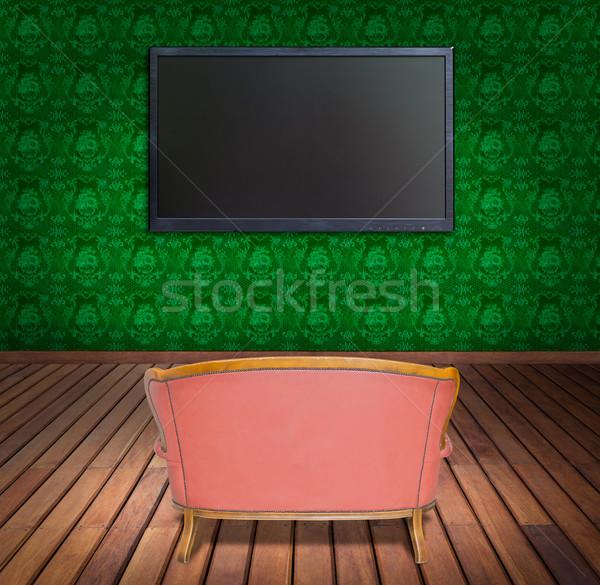 Televisie sofa groene behang kamer hemel Stockfoto © tungphoto