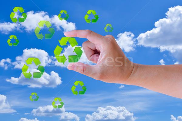 Kéz tart újrahasznosít felirat kék pénzügy Stock fotó © tungphoto