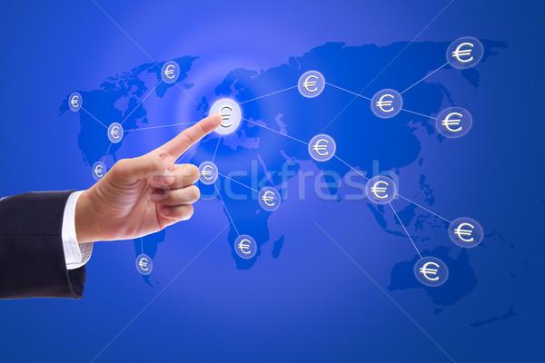 ビジネスマン 手 プッシング ボタン ユーロ にログイン ストックフォト © tungphoto