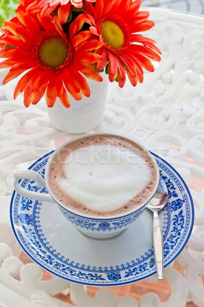 Forró csokoládé virág csésze kávé csokoládé asztal Stock fotó © tungphoto