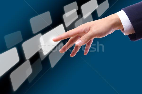 手 触れる ボタン コンピュータ キー 画面 ストックフォト © tungphoto