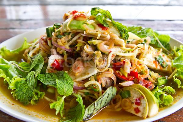 ストックフォト: 牛肉 · 唐辛子 · サラダ · タイ料理 · 魚
