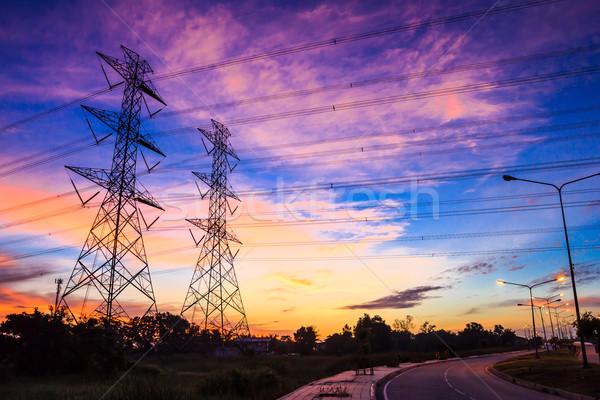 электроэнергии высокое напряжение власти сумерки небе технологий Сток-фото © tungphoto