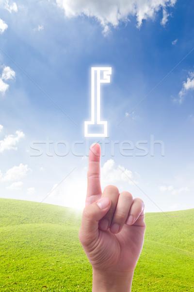 Stock fotó: Kéz · mutat · kulcs · terv · biztonság · zöld
