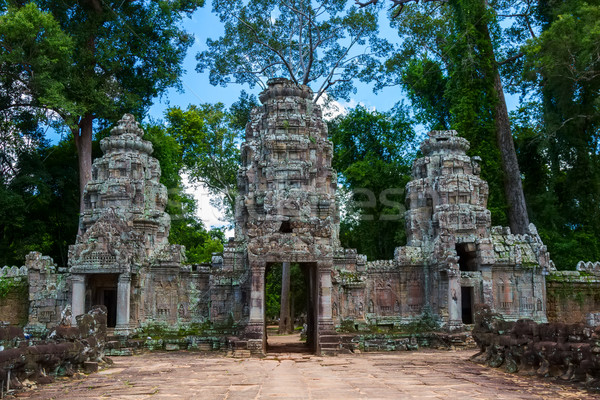 Ancient gates on the way to Preah Khan temple, Siem Reap, Cambod Stock photo © tuulijumala