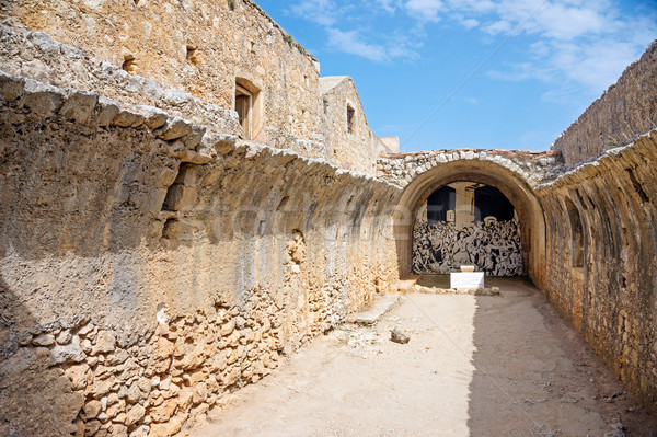 Pólvora mosteiro parede jardim verão Foto stock © tuulijumala