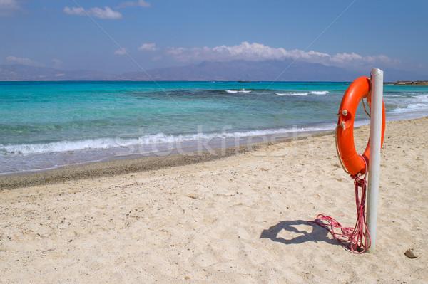Isola bianco spiaggia rosso salvagente primo piano Foto d'archivio © tuulijumala