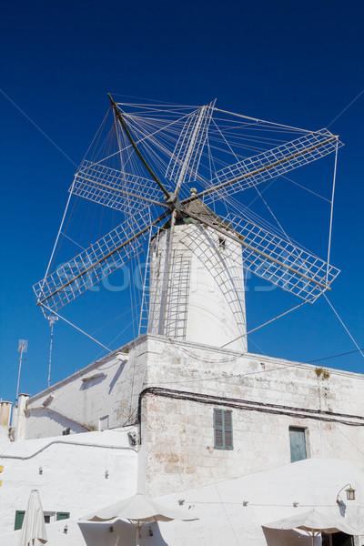 Eski mısır değirmen İspanya rüzgâr korunmuş Stok fotoğraf © tuulijumala
