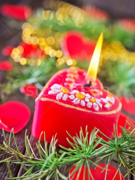 Stok fotoğraf: Mum · kırmızı · Noel · dekorasyon · ahşap · masa · ağaç