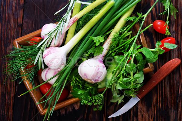 Сток-фото: чеснока · аромат · трава · лоток · таблице · фон