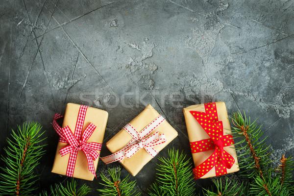 Noel dekorasyon kutu sunmak tablo kalp Stok fotoğraf © tycoon