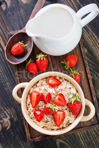 Avena fresa tazón flores salud Foto stock © tycoon