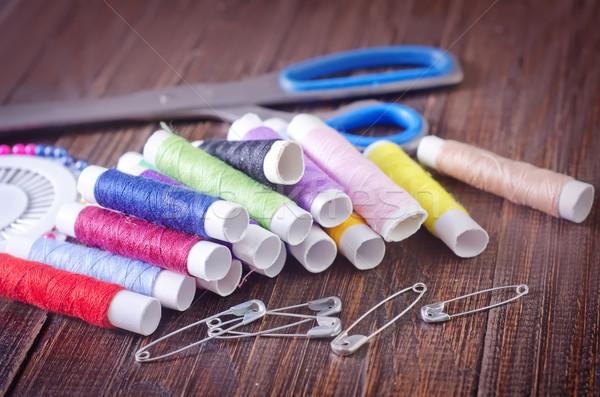 Nożyczki tęczy czerwony ubrania taśmy szycia Zdjęcia stock © tycoon