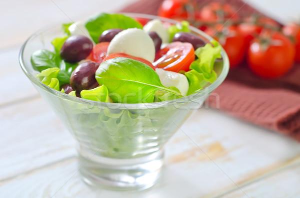 Caprese yaprak yeşil akşam yemeği kırmızı salata Stok fotoğraf © tycoon