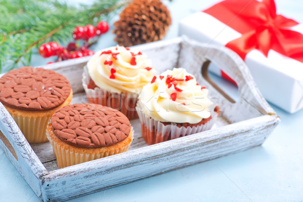 Muffinok karácsony dekoráció asztal csokoládé torta Stock fotó © tycoon