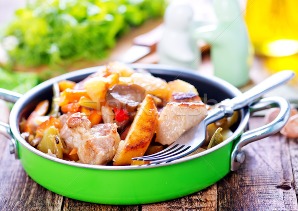 fried meat with vegetables Stock photo © tycoon