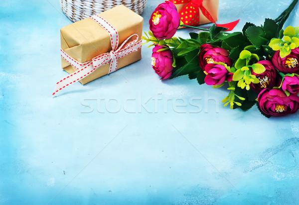 Presenti fiori blu cuore home compleanno Foto d'archivio © tycoon