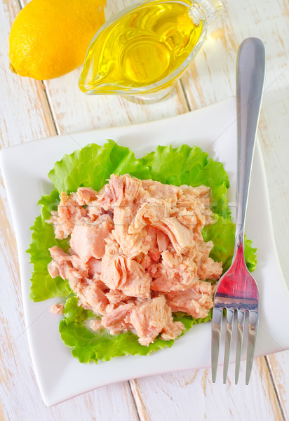 Salada salada de atum peixe saúde metal restaurante Foto stock © tycoon