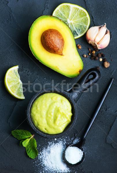 Сток-фото: авокадо · соус · чаши · таблице · стекла · зеленый