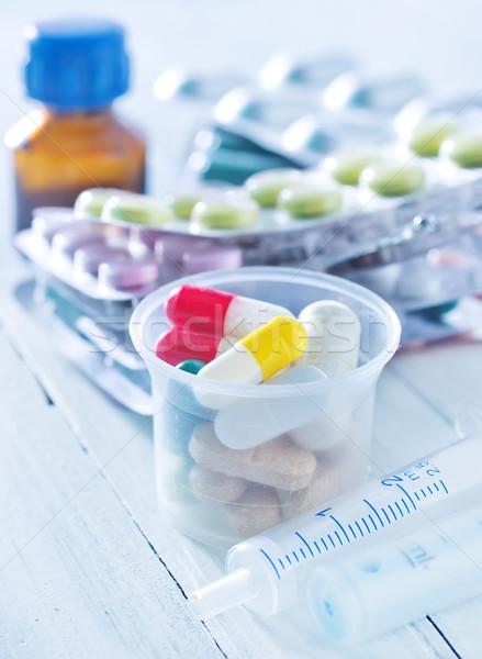 Médicos azul ciencia ayudar blanco químicos Foto stock © tycoon