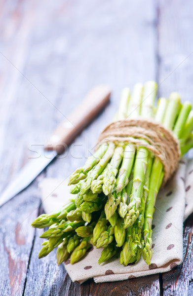 raw asparagus Stock photo © tycoon